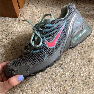 Nike Sneakers - Sz 7